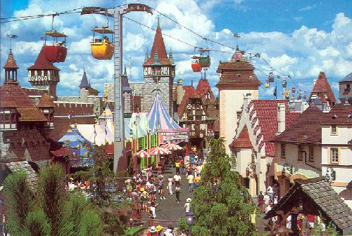 0100-11102 SKYWAY OVER FANTASYLAND