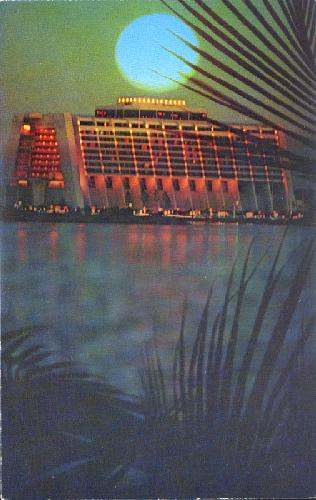 CONTEMPORARY RESORT